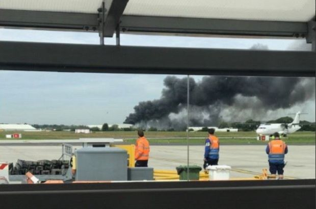 Son Dakika: Londra'da Southend Havaalanı yakınlarında patlama