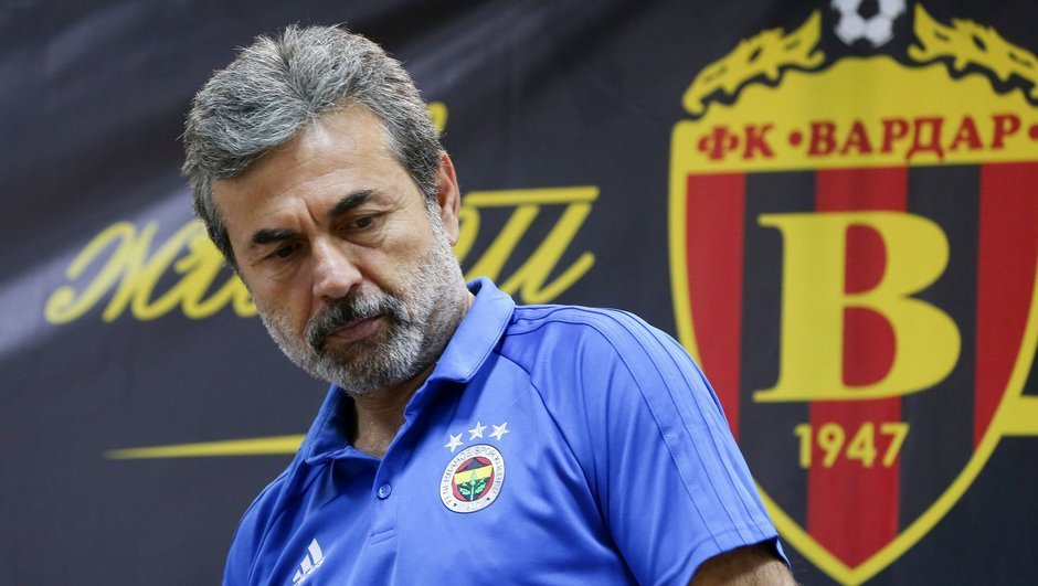 Aykut Kocaman - soldado