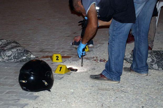 Adana'da motosiklette kişiler silahlı saldırıya uğradı: 2 kişi öldü