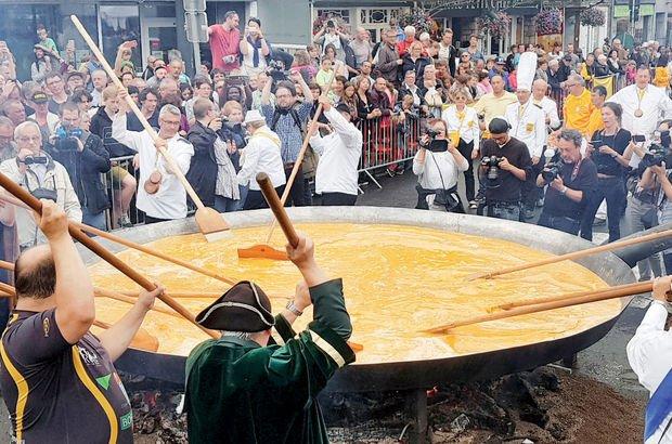 Belçika'da omlet geleneği bozulmadı