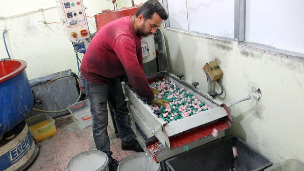 Tek makineyle başlamıştı şimdi Türkiye'ye satıyor