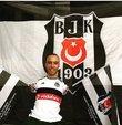 Portekizli futbolcu Quaresma, kendisiyle tanışmak isteyen bedensel engelli Sefa ile 22 Ağustos Salı günü yapılacak Beşiktaş antrenmanında bir araya gelecek