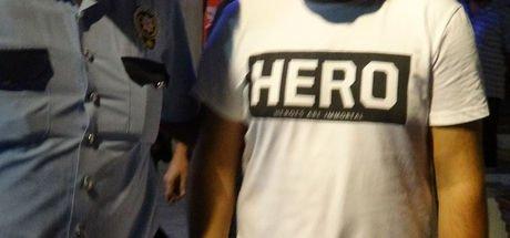 'Hero' tişörtüyle yakalandı, 2 hattında 'ByLock' çıktı
