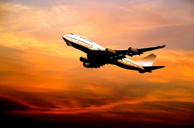 Havada uçak
