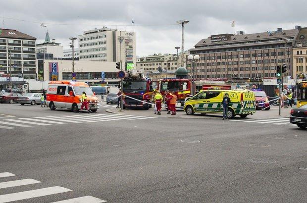 Finlandiya'da bıçaklı saldırı: 2 ölü 8 yaralı