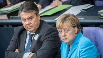 'Bunlara oy vermeyin' çağrısına Almanya'dan gerilimi tırmandıracak yanıtlar