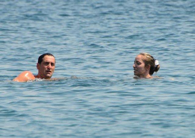 Bekir Aksoy kız arkadaşıyla görüntülendi