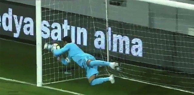Fenerbahçe Trabzonspor maçında Volkan Demirel'in yediği gol
