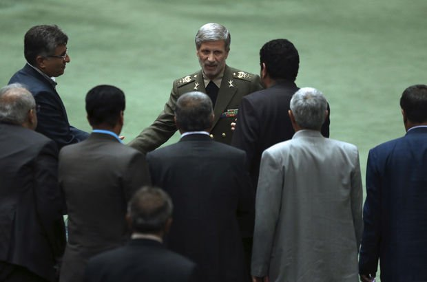 İran Savunma Bakanı Hatami: Nükleer füze programları kesintisiz devam edecek