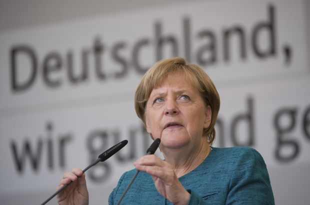 Merkel'den Türkiye'ye Interpol eleştirisi: Suistimal edilemez