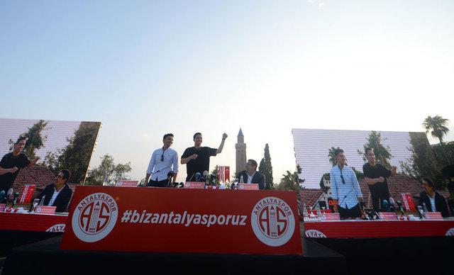 Samir Nasri Antalyaspor'a imza attı - Nasri Antalyaspor'da