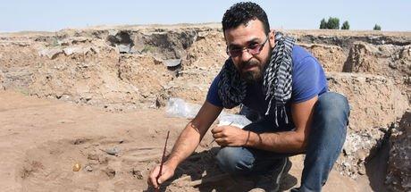 """Kazılara 10 yıl önce başlayan """"İşçi Kemal"""" arkeolog oldu"""