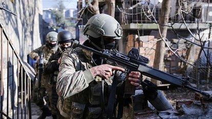 Terör örgütü PKK'dan kaçan 6 terörist teslim oldu