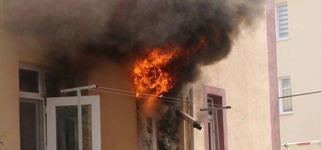Bolu'da patlayan buzdolabı yangına neden oldu