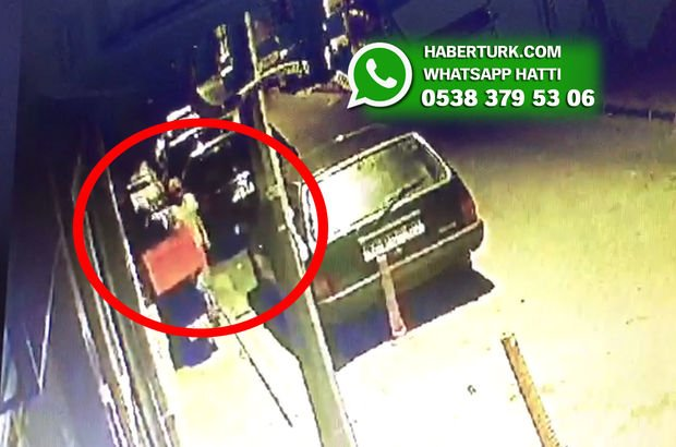 İstanbul 4 Levent'te yaklaşık 1 ay önce çalınan motosiklet ve hırsızlardan haber yok