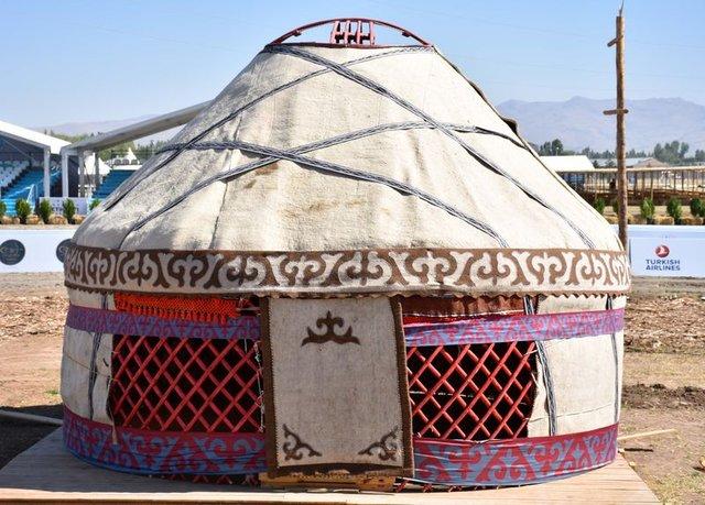 Cumhurbaşkanı Erdoğan, kıldan örülme han çadırında ağırlanacak