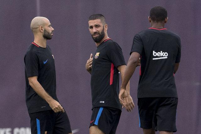 Barcelona'dan şoke eden Arda Turan kararı!