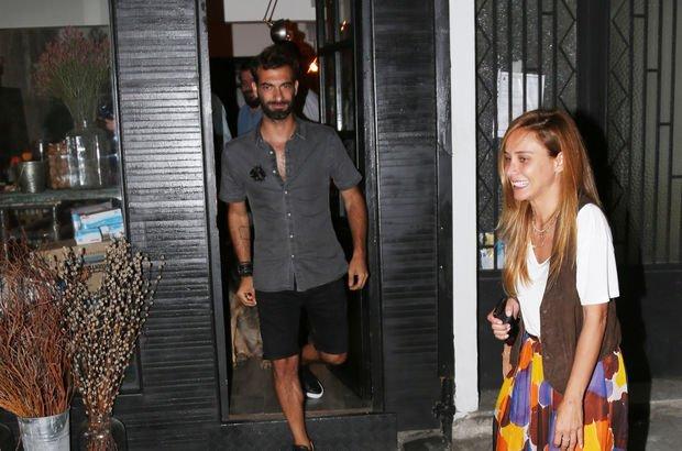 Burçin Terzioğlu ile İlker Kaleli Arnavutköy'de görüntülendi