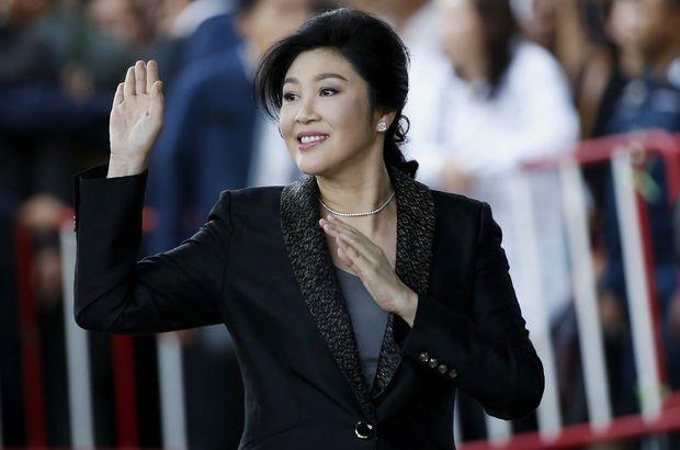 Tayland'ın devrik başbakanı ülkeden kaçtı!
