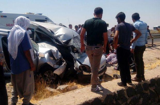 Şanlıurfa'da içinde askerlerin olduğu araç başka araçla çarpıştı