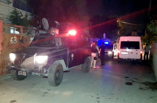 Yer: Adana! Mahalleli birbirine girdi: 13 yaralı
