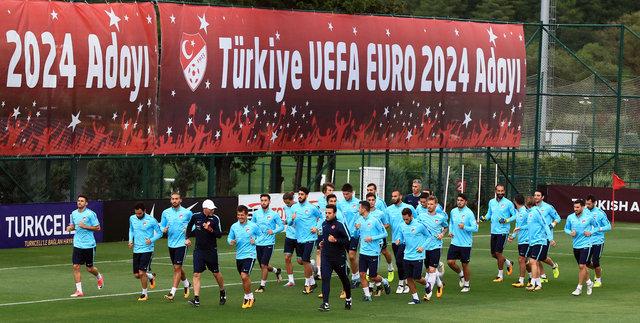 Türkiye Ukrayna maçında Lucescu'nun süreceği 11 belli oluyor!
