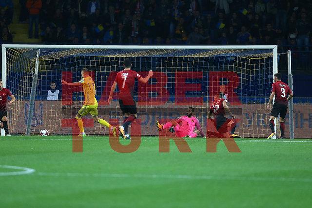 Ukrayna'nın Türkiye'ye attığı 2 golde yapılan hatalar dikkat çekti!