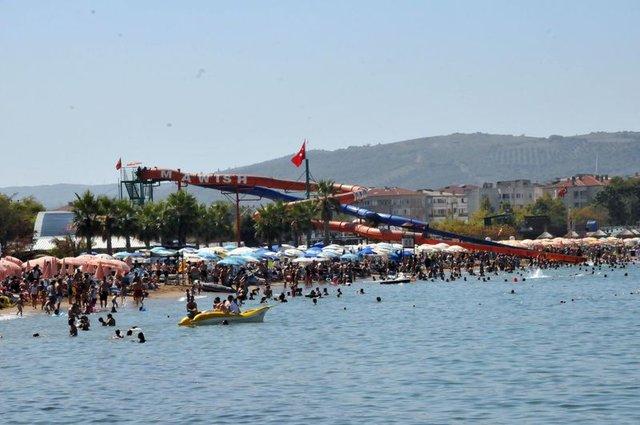 Çınarcık'a bayramda 300 bin kişi geldi
