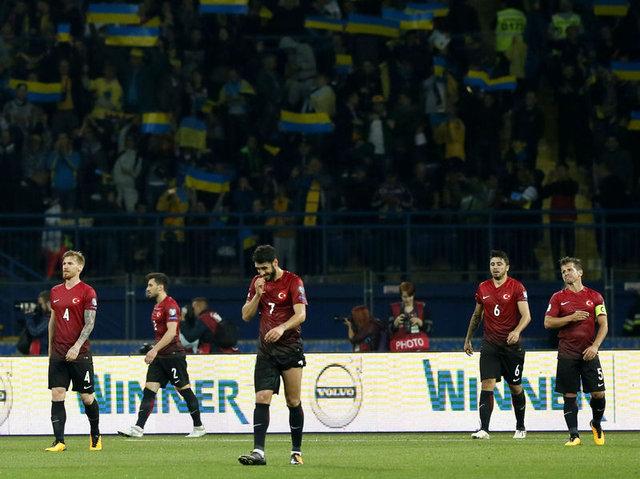 Milli Takım'da Collina ve FIFA krizi