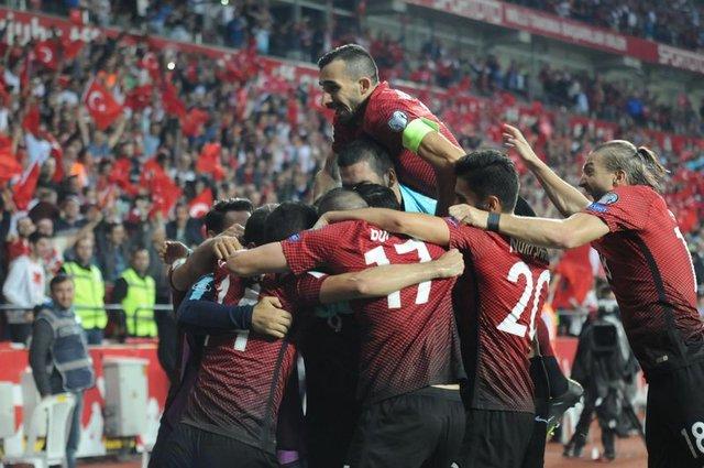 """Vida: """"Türkler bize patladı"""""""