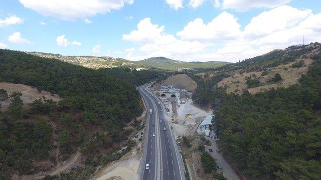 Sabuncubeli Tüneli ile İzmir-Manisa arası 15 dakikaya inecek