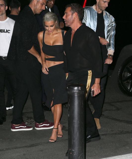 Ünlü modeller Kendall Jenner ve Bella Hadid Mert Alaş'ın partisine koştu