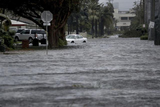 Irma Kasırgası İlker İnanoğlu'nu da vurdu