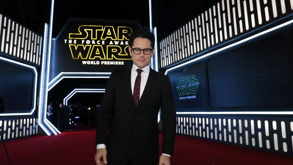J.J. Abrams,  Star Wars için dönüyor!