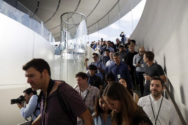 """Apple'ın 14 milyon dolarlık """"Steve Jobs Tiyatrosu"""""""