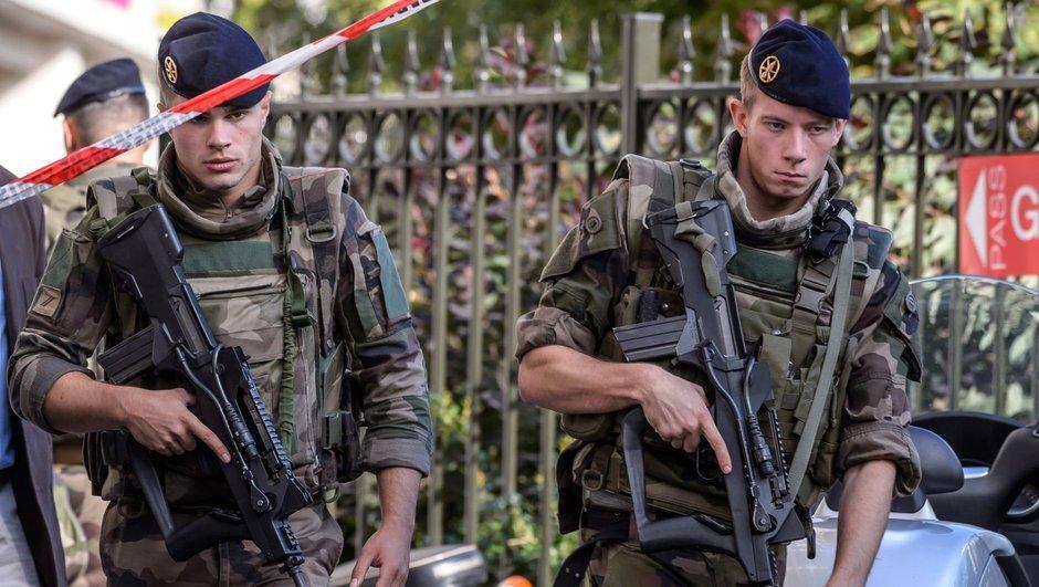 Fransa asker bıçaklı saldırı