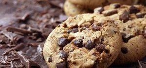 Damla çikolatalı kurabiye tarifi ve malzemeleri