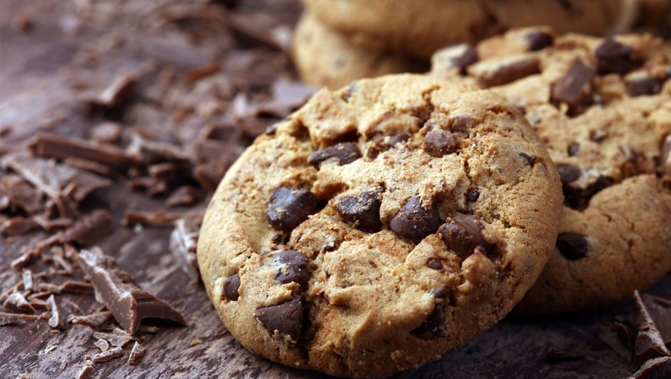 Damla Çikolatalı ve Cevizli Cookie