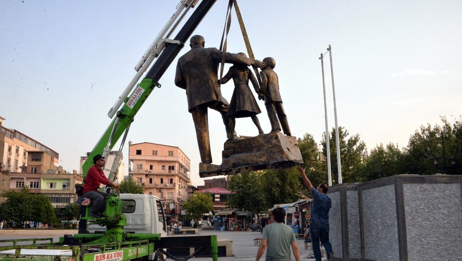 Diyarbakır,Atatürk Anıtı
