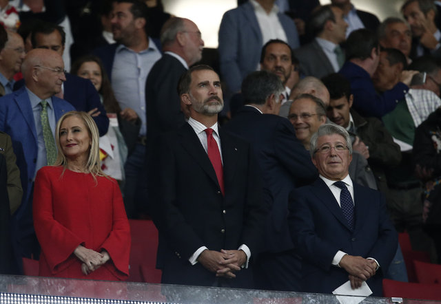 Atletico Madrid'in yeni stadı Wanda Metropolitano'nun açılışında Arda Turan'a tepki vardı - Atletico Madrid'in yeni stadı açıldı