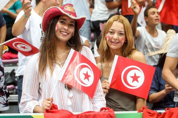 Tunuslu kadınlar Müslüman olmayan erkeklerle evlenebilecek