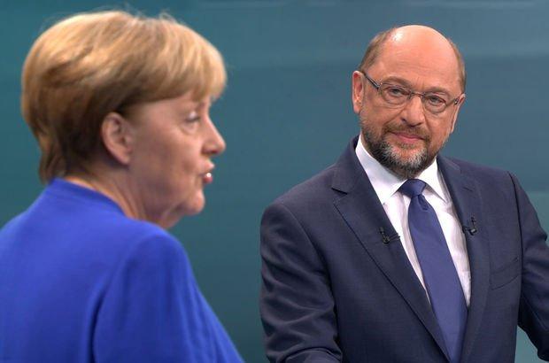 Avrupa Birliği Komisyonu'nun eski Başkan Yardımcısı Günter Verheugen'dan Türkiye'ye ilişkin açıklama