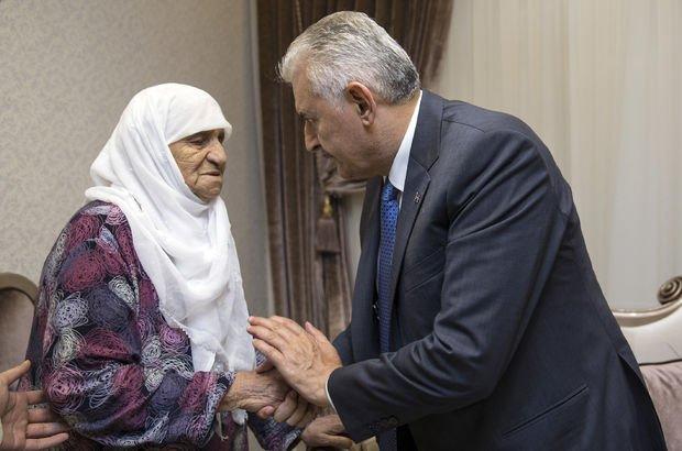 Başbakan Binali Yıldırım'dan şehit ailesine ziyaret