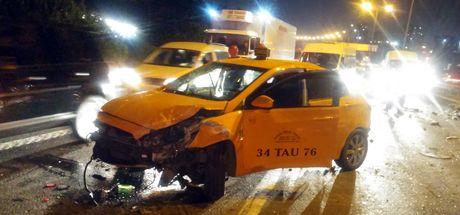 İstanbul'da TEM otoyolunda feci kaza!