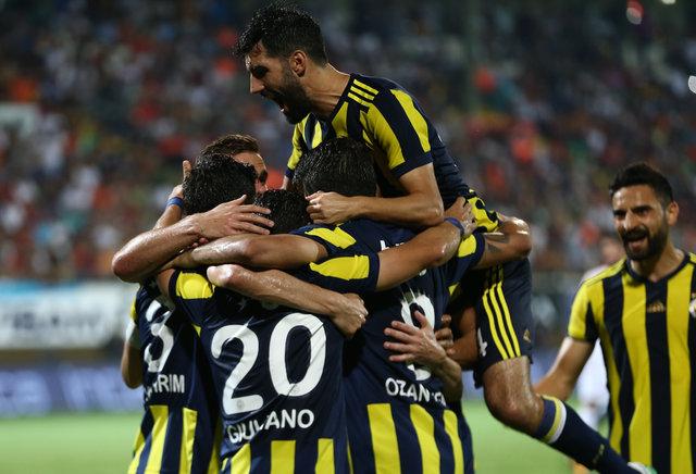"""Nabil Dirar, Alanya dönüşünde Valbuena'ya """"Bedava goller atıyorsun"""" diyerek takıldı"""
