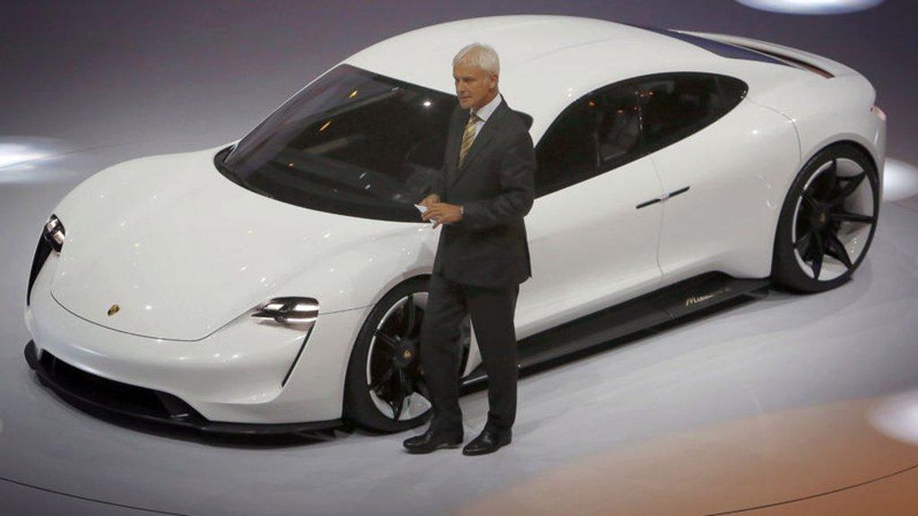 Fiyatı açıklandı, Tesla'ya rakip olacak
