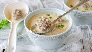 Köfteli çorba nasıl yapılır? Köfteli çorba tarifi ve malzemeleri