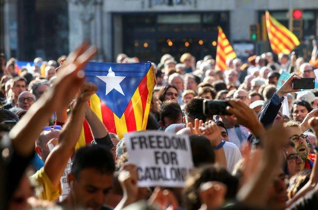 İspanya polisinden Katalan hükümetinin genel merkezine baskın!