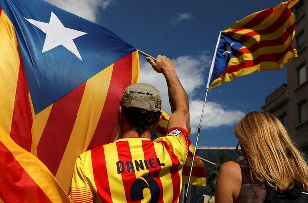 Barcelona'dan İspanya'ya tepki, referanduma destek!