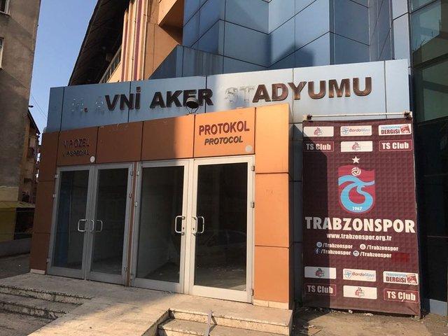 Trabzon'da Hüseyin Avni Aker unutuldu